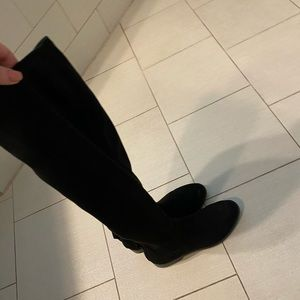 Kenneth Cole like new riding over knee black boots